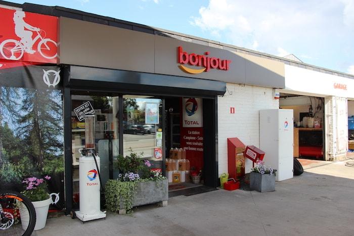 Station essence à Beaufays